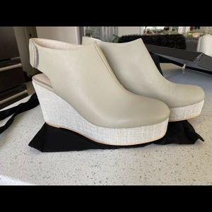 Sarah Pacini sling back shoes